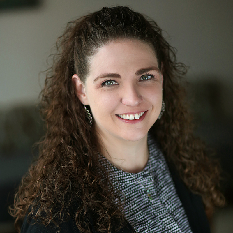 Amy Stohr